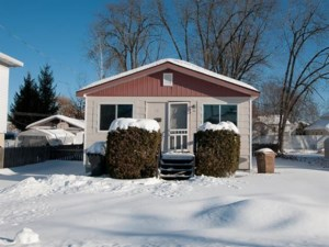 23789588 - Bungalow for sale