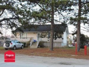 12199907 - Bungalow for sale