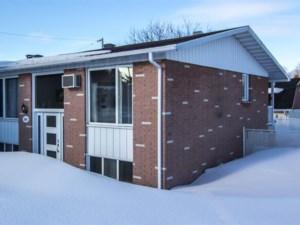 28450413 - Bungalow-Semi-detached for sale
