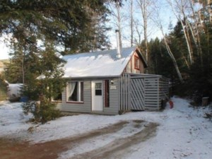 19949840 - One-and-a-half-storey house for sale