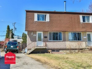 23211068 - Two-storey, semi-detached for sale