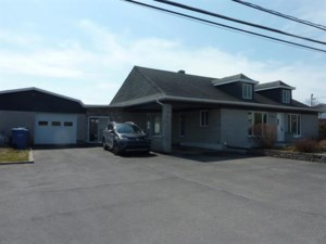 23740252 - Bungalow for sale