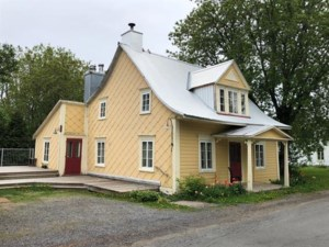 13785987 - One-and-a-half-storey house for sale