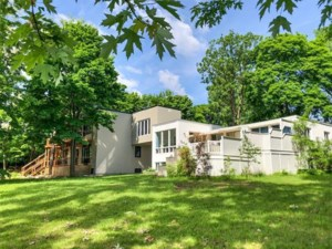 17889752 - Two or more storey for sale