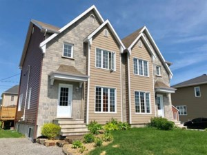 28932398 - Two-storey, semi-detached for sale