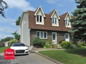 11682417 - Two-storey, semi-detached for sale