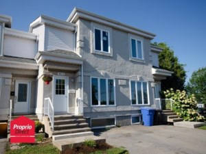 17521829 - Two-storey, semi-detached for sale