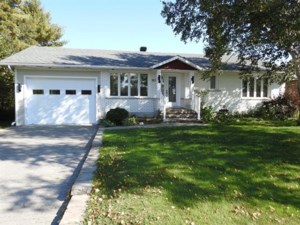 10879842 - Bungalow for sale