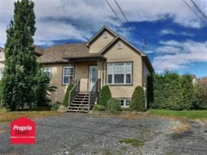 13895867 - Bungalow-Semi-detached for sale