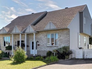 21617347 - Two-storey, semi-detached for sale