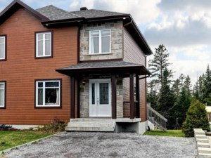 23532559 - Two-storey, semi-detached for sale