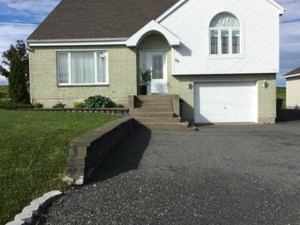 10405123 - One-and-a-half-storey house for sale