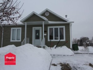 18219906 - Bungalow-Semi-detached for sale