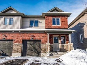 25122653 - Two-storey, semi-detached for sale