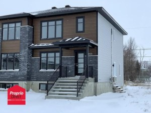 15297741 - Two-storey, semi-detached for sale