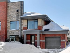 10251318 - Two-storey, semi-detached for sale