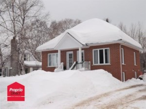 24032215 - Bungalow-Semi-detached for sale