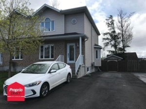 11967913 - Two-storey, semi-detached for sale