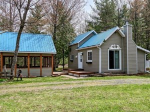 19731703 - One-and-a-half-storey house for sale