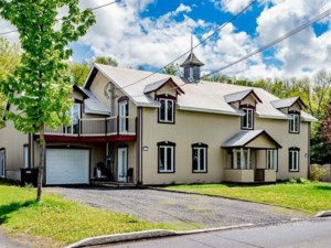 9236572 - One-and-a-half-storey house for sale