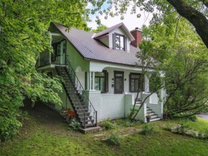 18941990 - Two or more storey for sale