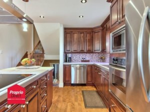 21038730 - Two or more storey for sale