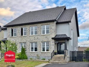 22326037 - Two-storey, semi-detached for sale
