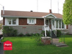 9837389 - Bungalow for sale