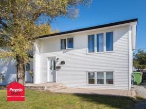 12212431 - Bungalow-Semi-detached for sale
