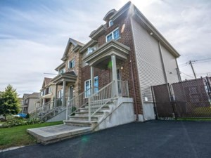 22010884 - Two-storey, semi-detached for sale