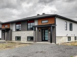 14097012 - Bungalow-Semi-detached for sale
