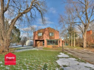 28154943 - Two or more storey for sale