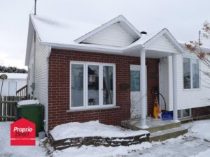 22926985 - Bungalow-Semi-detached for sale