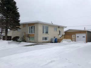 9785694 - Bungalow for sale