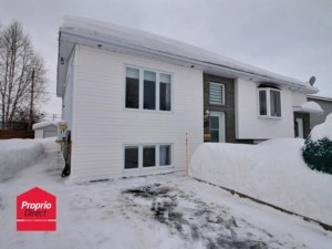 23441640 - Bungalow-Semi-detached for sale