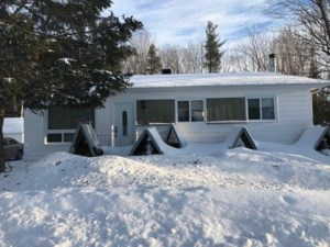 23740005 - Bungalow for sale