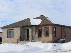 28506786 - Bungalow for sale