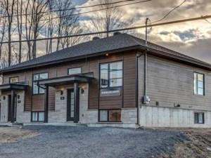 15402651 - Bungalow-Semi-detached for sale
