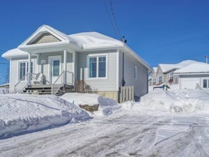 20350404 - Bungalow for sale