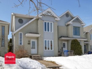 9727326 - Two-storey, semi-detached for sale