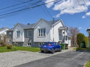 15738330 - Bungalow-Semi-detached for sale