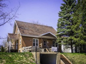 19005295 - Two or more storey for sale