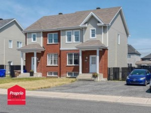 16387842 - Two-storey, semi-detached for sale