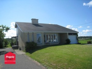 23754826 - One-and-a-half-storey house for sale