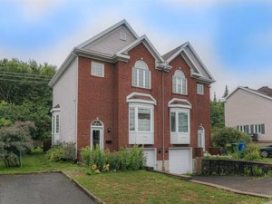 9873469 - Two-storey, semi-detached for sale