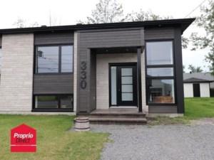 13641027 - Bungalow-Semi-detached for sale