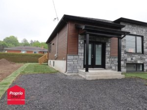 24792807 - Bungalow-Semi-detached for sale