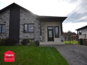 26152985 - Bungalow-Semi-detached for sale