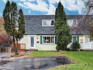 12678826 - Two-storey, semi-detached for sale