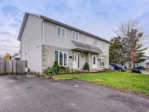 27480177 - Two-storey, semi-detached for sale